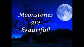 Crystal Healing Benefits of Moonstone