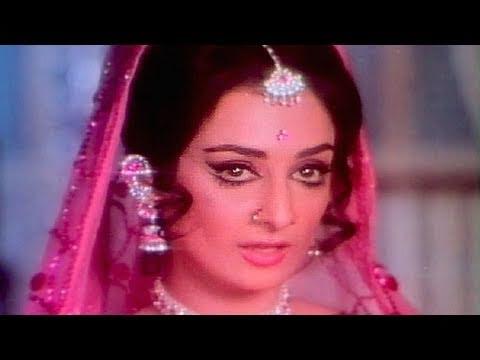 Main Hoon Ek Bazar Ki Raunaq - Saira Bano, Lata, Paise Ki Gudiya Dance Song
