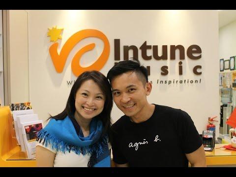 "Mediacorp Radio Love 972FM ""Love礼Night""  with DJ Chua Lee Lian and Mr Peng Chi Sheng"