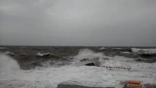 Шторм на море ,Одесса 12.10.16