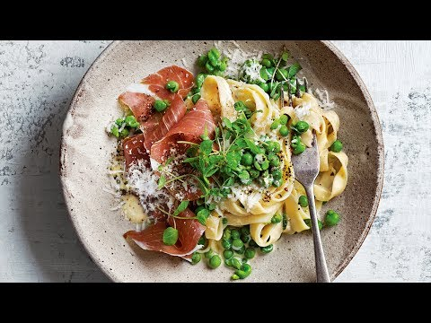 Pasta With Peas And Torn Prosciutto