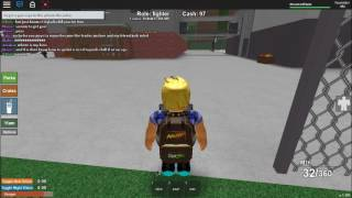 How do you get money and guns in roblox living dead????!!!!