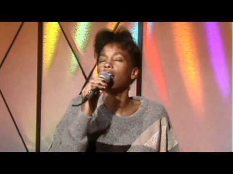 Whitney Houston 1985 Canal plus