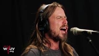 """Lukas Nelson & Promise of the Real - """"Die Alone"""" (Live at WFUV)"""