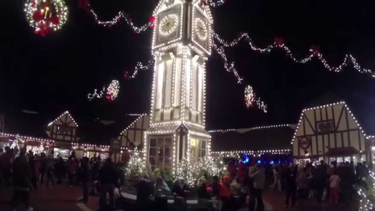 the many christmas lights of busch gardens williamsburg christmas town