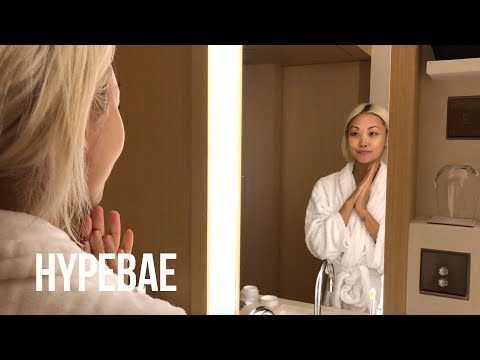 Haute Pursuit's Vanessa Hong Shows Us Her Travel Beauty Routine