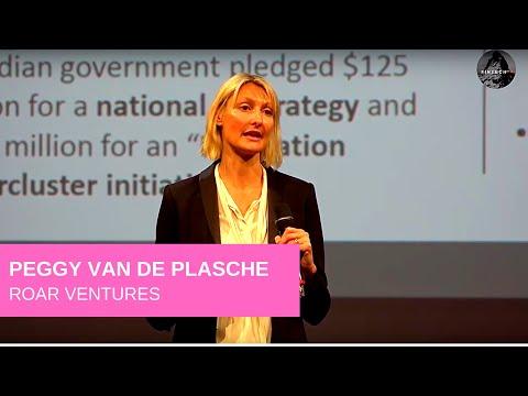 Peggy van de Plassche presents Roar Ventures at FINTECH+ in Zurich on October 2ns, 2018