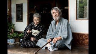 名優・山崎努が主演を務め、『横道世之介』などの沖田修一と『キツツキ...
