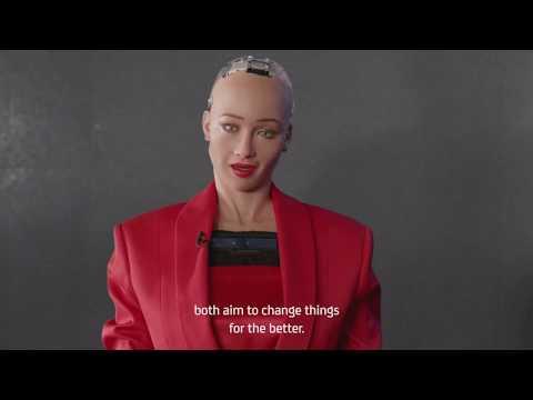 Sophia The Robot, noul client UniCreditBank