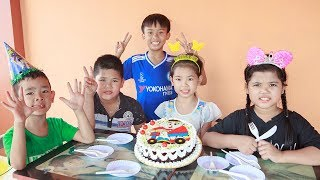 Kids Go To School | Day Birthday Of Chuns Children Make Fruit Cake At The Shop