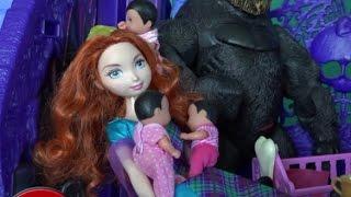 Рапунцель Мультик Пупсики Ведьмочки играют с Меридой, Видео с куклами