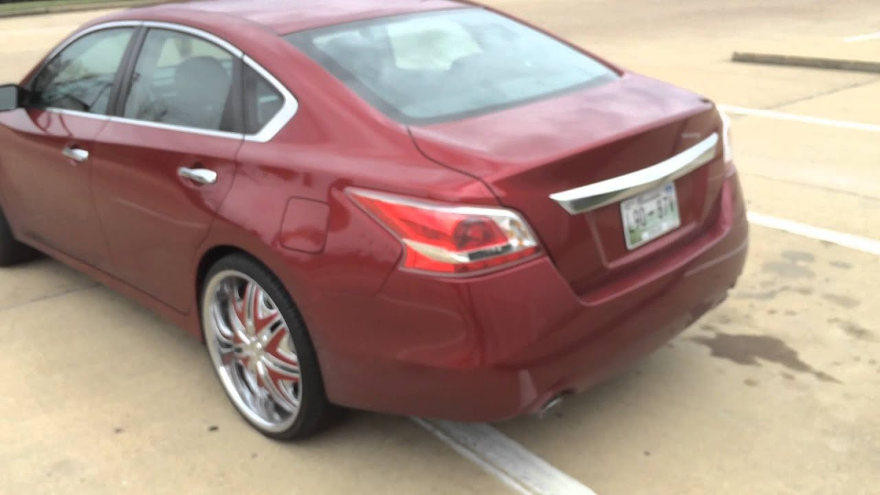 2013 NISSAN ALTIMA ON 22s Ace Whips Memphis Customs Chrome ...