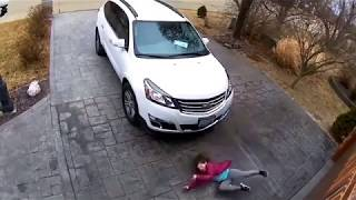 Winter Fails Family Falling on Ice!  Viral Video! Entire Family Falls on Ice!