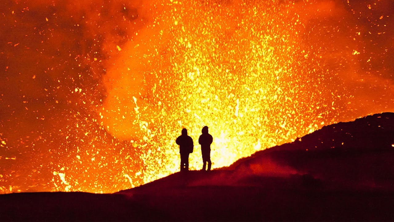 5 People That Fell Into Volcanoes