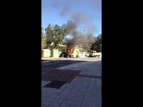 Camion Basura Ardiendo Malaga Limonar