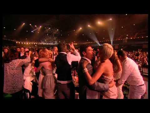 Girls Aloud win British Single presented by Alan Carr   BRIT Awards 2009