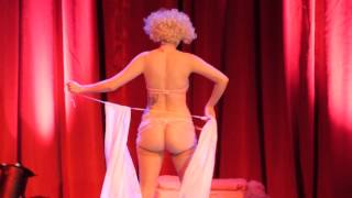Repeat youtube video 07 Lula Houp Garou - Cirque du Burlesque March 2013