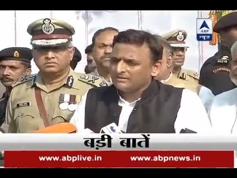 CM Akhilesh Yadav calls a meeting of MLAs and MLCs at his residence
