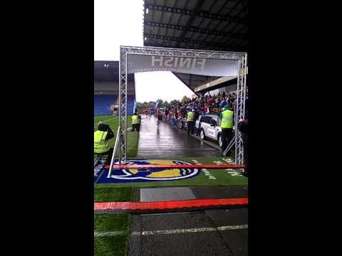 Oxford Half Marathon 2013 finishing line