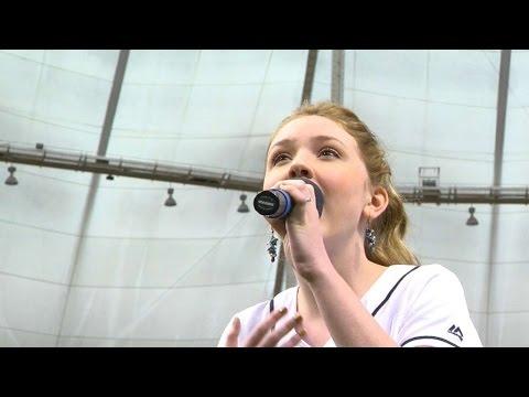 BAL@TB: Zuehlsdorff sings Star-Spangled Banner