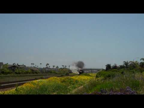 Santa Fe 3751 at Full Steam Thunder with Whistle Blowing Through Carlsbad ...