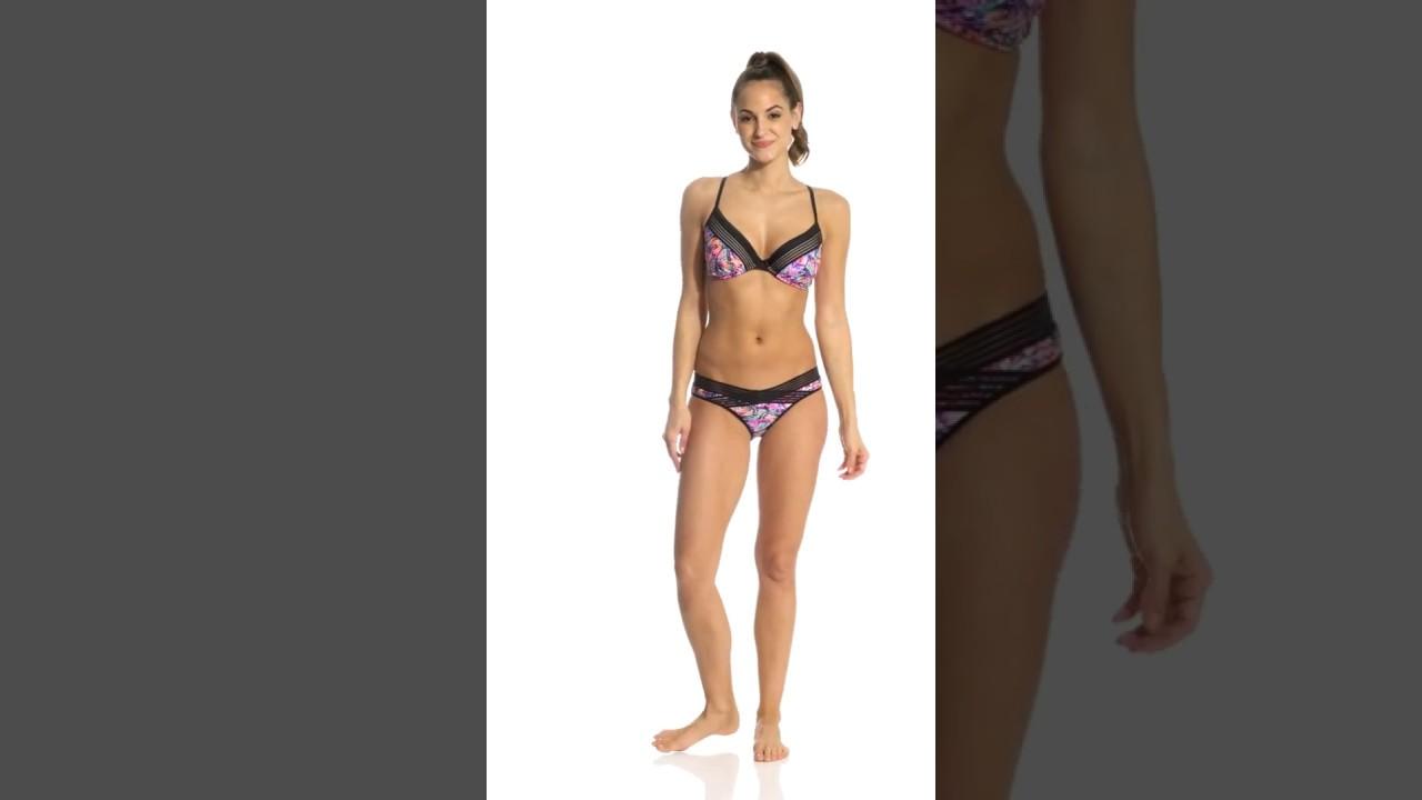 50e4cb06816 Body Glove Fly Solo Underwire Bikini Top (D/DD/E/F Cup) | SwimOutlet.com -  YouTube