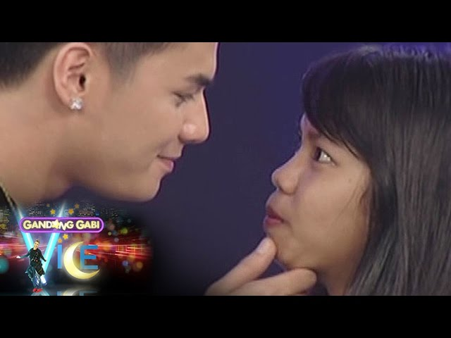 GGV: Ronnie stares and tickles a fan