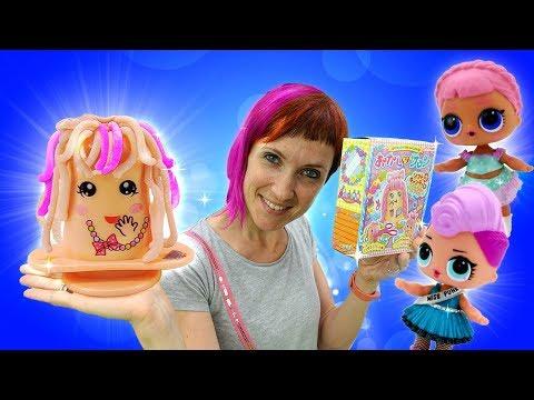 Куклы Лол и Маша Капуки делают сладкие прически.
