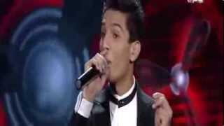 محمد عساف يشعل مسرح 'اراب ايدول' في اغنية علي الكوفية   شاهدها