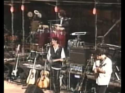 FRANCESCO DE GREGORI -  BAMBINI VENITE PARVULOS (LIVE)