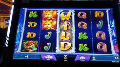 Trying out our new game, it's Magic slot[God of Jackpot]