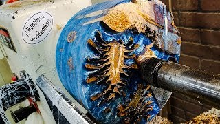 Woodturning a Bowl, Pinecones with Epoxy Resin