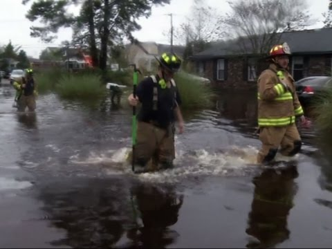 SC firefighters rescue hundreds from flood waters