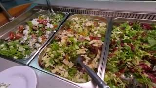 Ужин и развлечение туристов в отеле Park Beach 3***. Лимасол. Кипр - Cyprus. Май 2018 год.