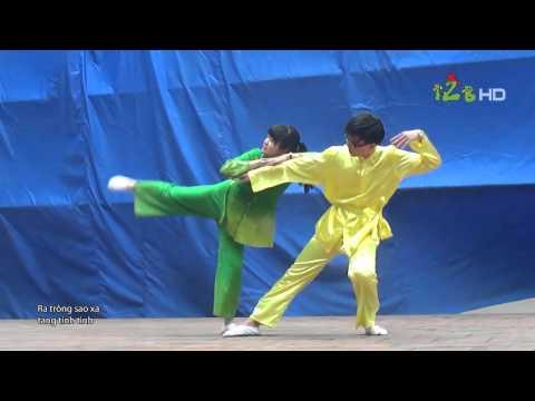 [140315] Múa: Bèo dạt mây trôi - 12B @ THPT Nguyễn Huệ