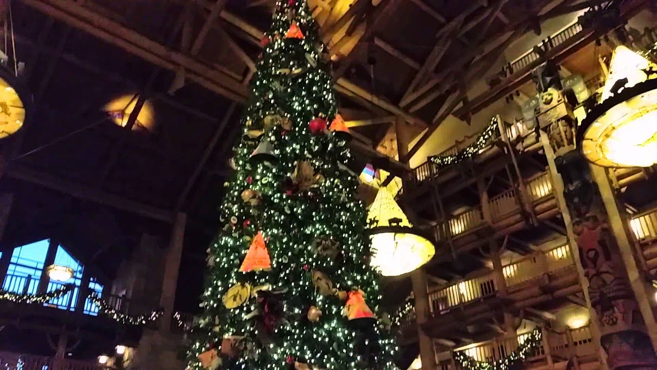 Disney's Wilderness Lodge Christmas Tree 12-11-2014 - YouTube
