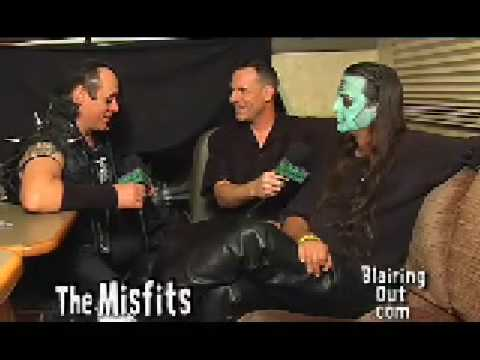 The Misfits talk about Danzig Reunion with Eric Blair. O8