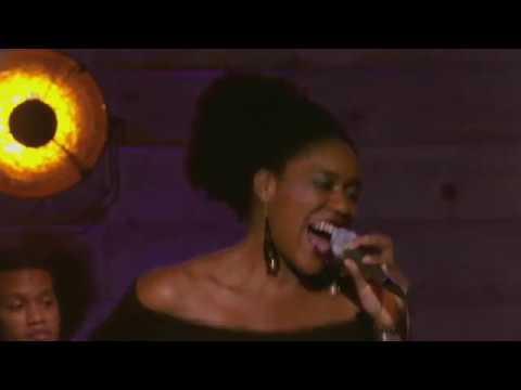 Tricia Evy | Agua De Beber  (Hommage à Al Jarreau)