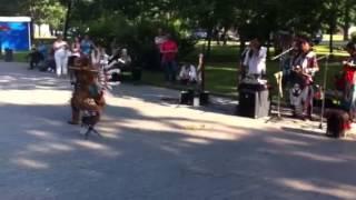 Латиноамериканские танцы в центре Питера.