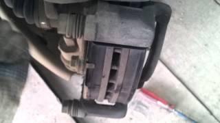 Замена передних тормозных колодок Hyundai Solaris(, 2013-08-15T11:50:12.000Z)