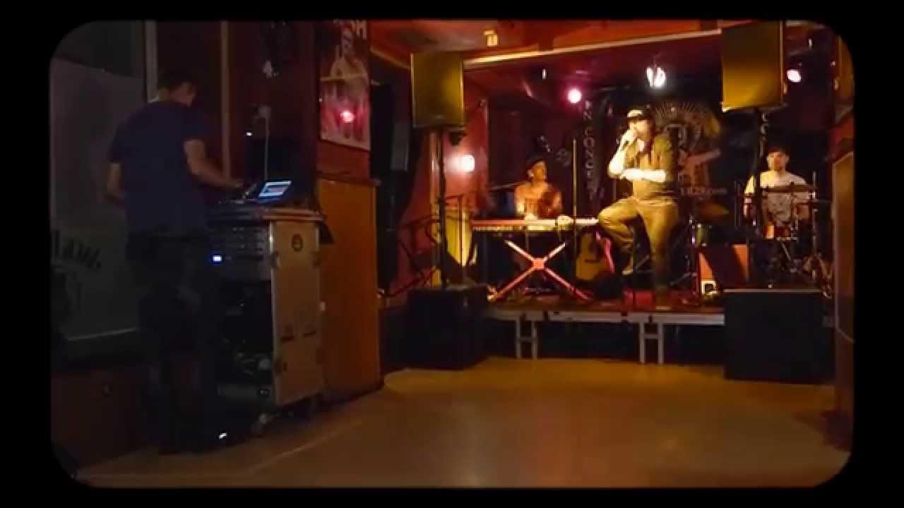 der letzte an der bar aus pitcher d sseldorf henning wehland youtube. Black Bedroom Furniture Sets. Home Design Ideas
