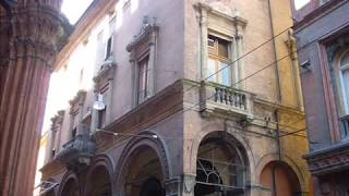 Bologna - In giro per la città (di Roberta Ferrari).wmv