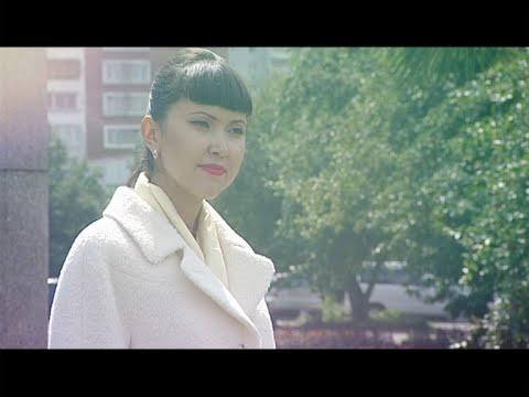Длинное серое пальто с капюшоном - YouTube