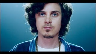 Смотреть клип Watsky - Welcome To The Family