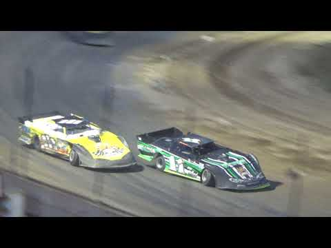 Late Model Heat Race #2 at Crystal Motor Speedway, Michigan, on 09-16-2017!