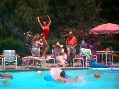 Christmas_Vacation_Pool_.flv