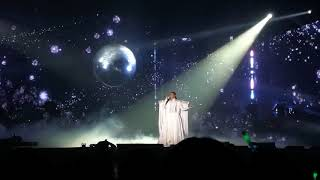170261 แก้ม วิชญาณี (หน้ากากมงกุฎเพชร) - Titanium (ช่วงหวีด) @The Mask Concert 3