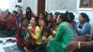 Palpali Salaijo Thado Bhaka Jhyaure Geet By Satyewoti Samuha nepali culturel song typical geet