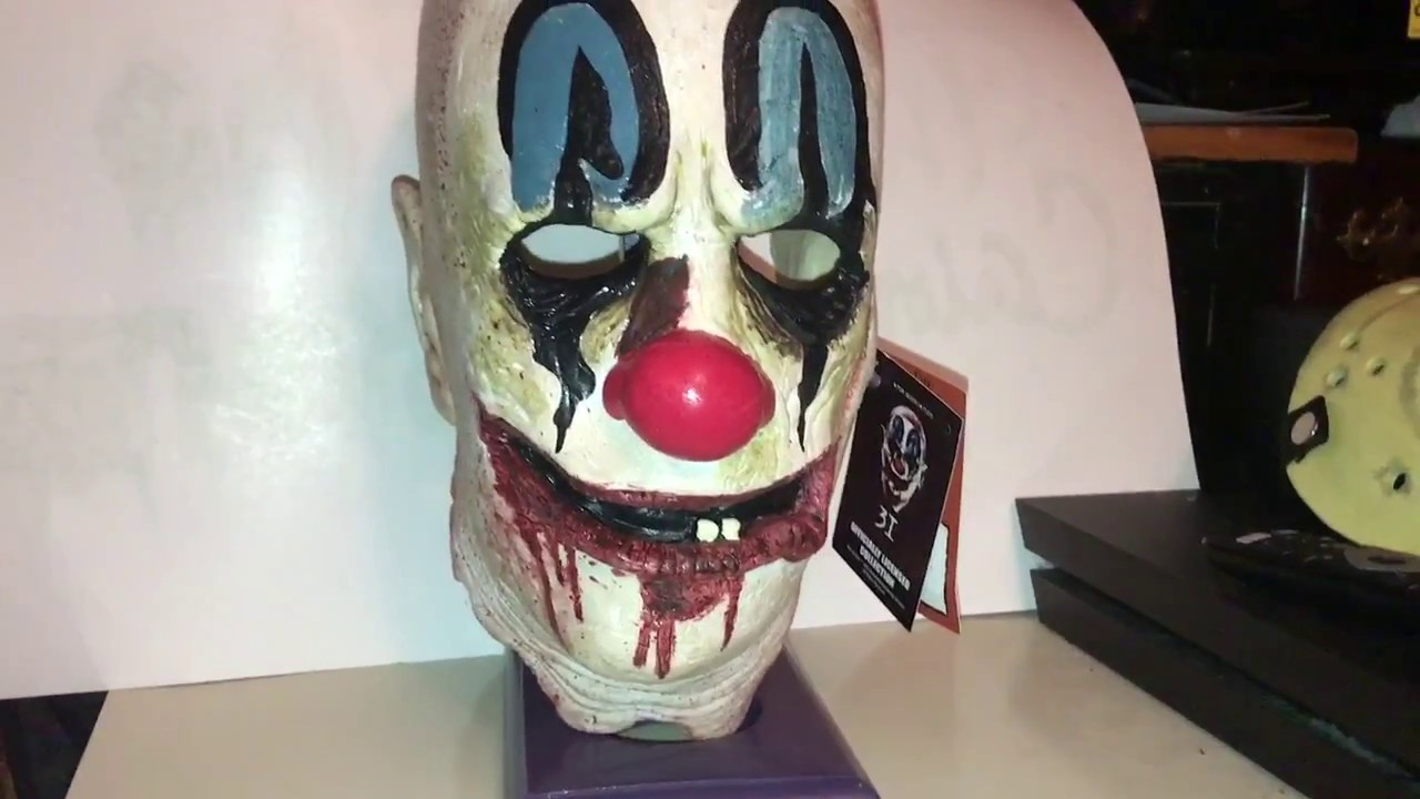 Rob Zombie Halloween Clown Mask.Trick Or Treat Studios Rob Zombie S 31 Poster Clown Mask Review