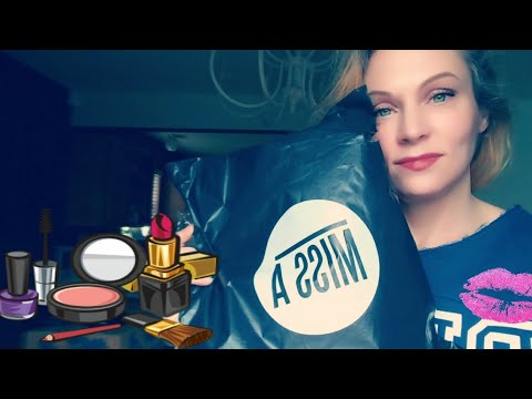 UNBOXING MISS A $1 MAKEUP & REVIEW!